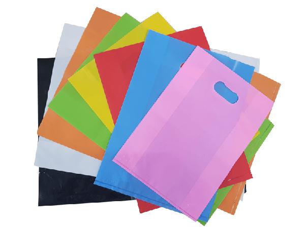 In túi hột xoài với các màu sắc đặc trưng