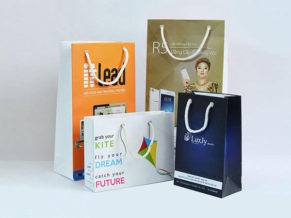 In túi giấy đẹp giúp thương hiệu gần gũi hơn với người tiêu dùng